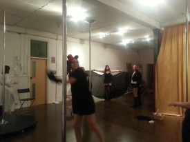 burlesque class at the pink kitten studio