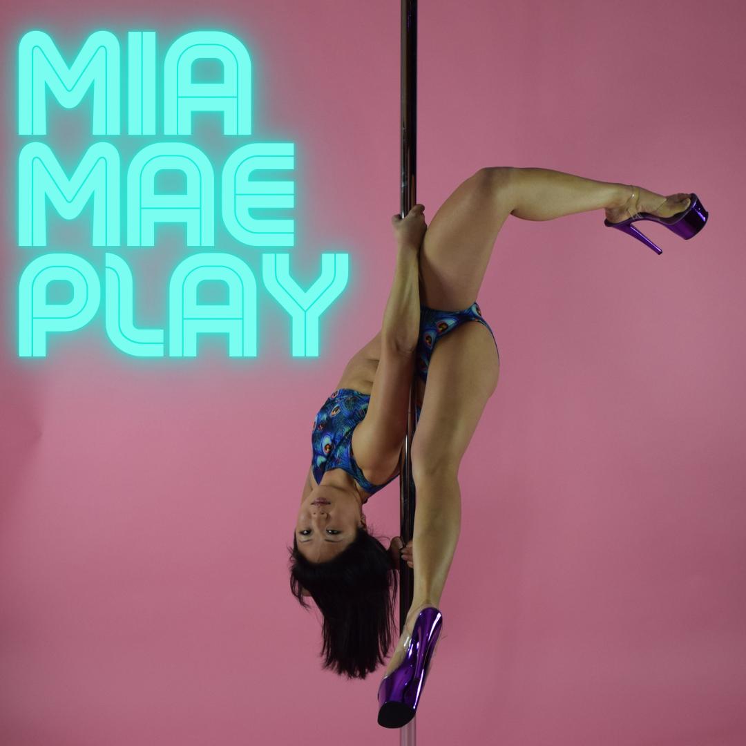 Mia Mae Play
